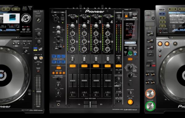 DJ Set (2x pioneer CDJ2000NXS + DJM900NXS)